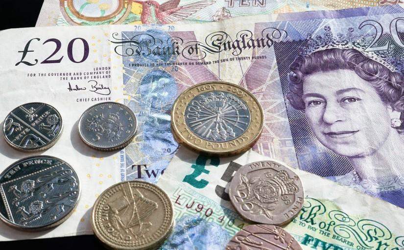 長期留学の際、お金はどうするの?