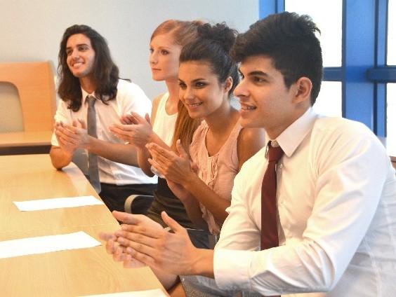 会議を始めるときの大人の表現