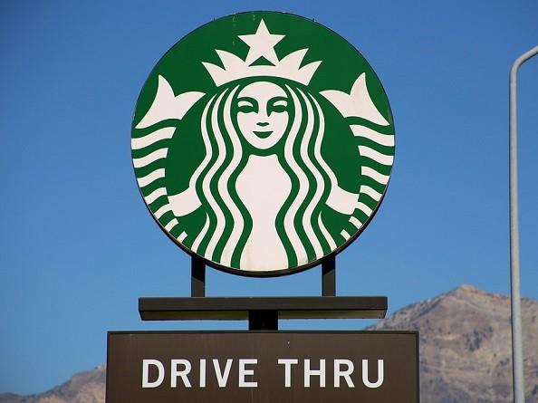ドライブスルーで注文できたら、英語力も一人前!間違いなく注文する方法