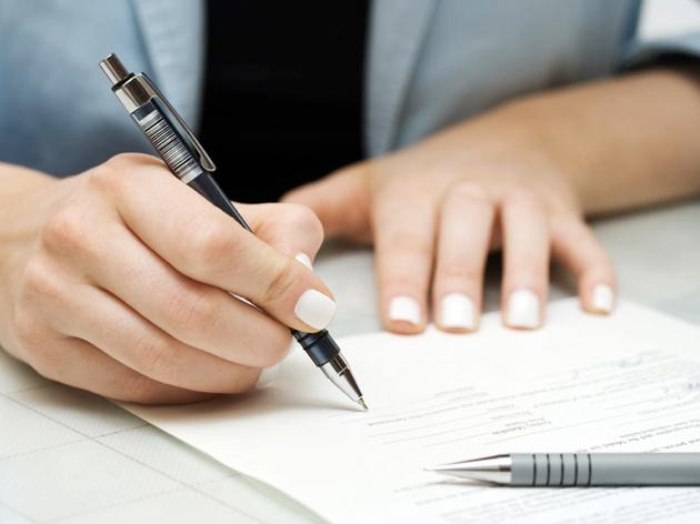 履歴書だけじゃない!?働くために必要なアメリカ特有の必須書類のことを知ろう!