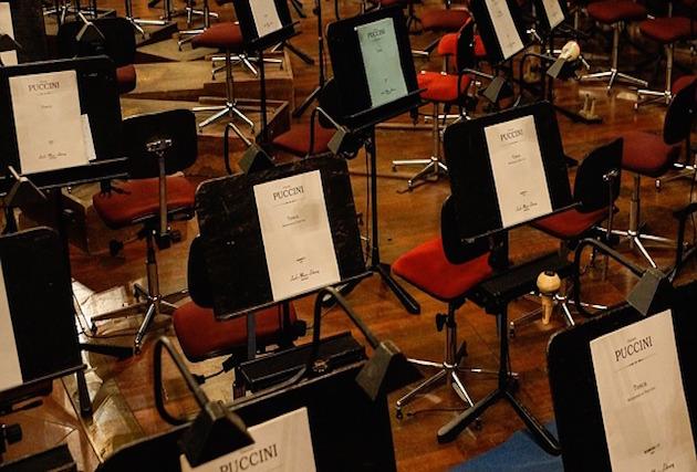 オーケストラ団員の難聴が深刻化~英国ロイヤル・オペラ訴えられる