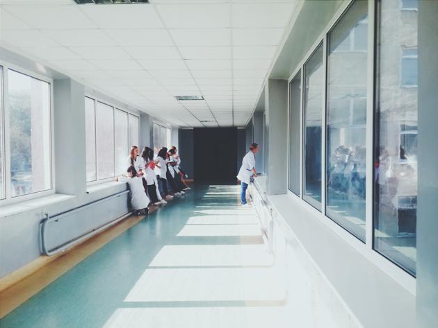 アメリカの医療費は恐ろしすぎる!知って得する病院のお話