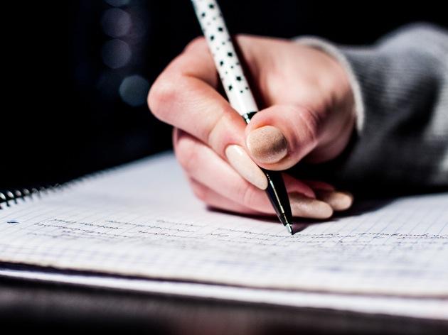 【半年で500点アップ】TOEIC900点越えを果たした筆者が教える、絶対に点数があがるTOEIC勉強法・テクニック