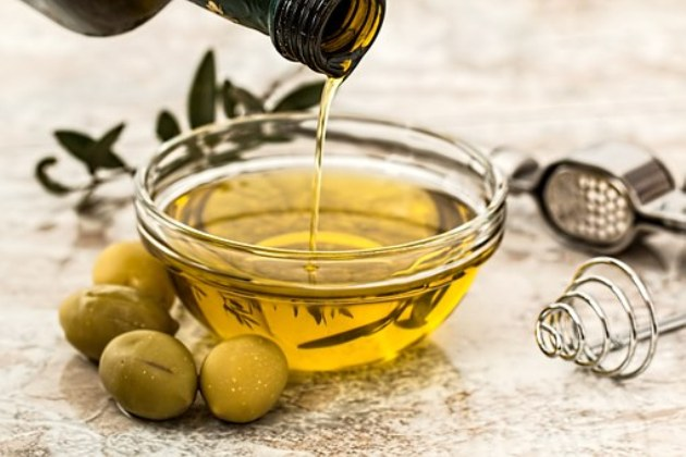 %e3%81%aa%e3%81%9c%e6%96%99%e7%90%86%e3%83%ac%e3%82%b7%e3%83%94photo-2-olive-oil