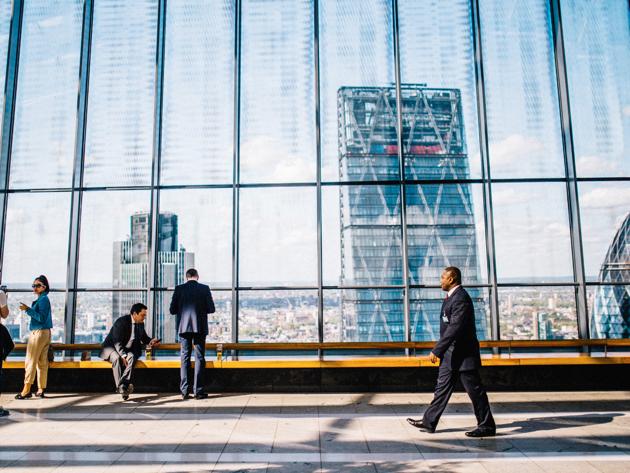 海外で働こう!どの業界が一番海外勤務しやすいの?