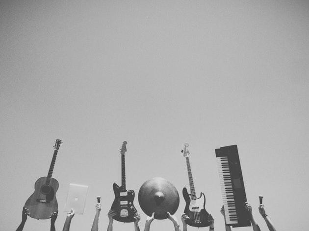 2017年の話題曲rockstarで英語学習