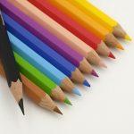 日本語と英語では色の感覚がちょっと違う?!色にまつわる英語アレコレ