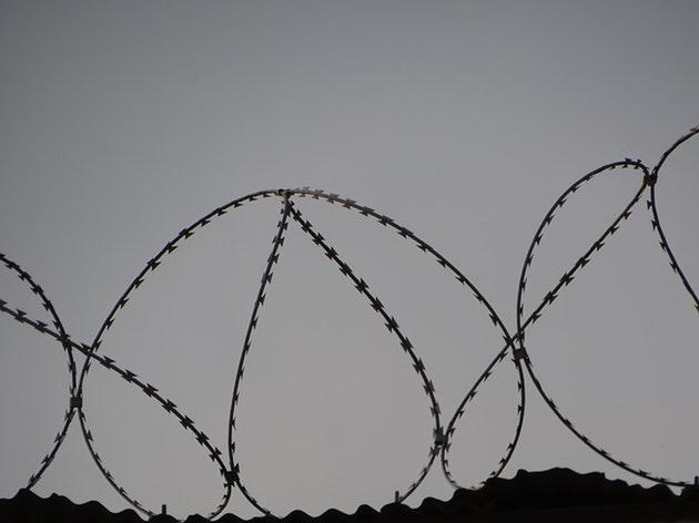 【実話映画化】冤罪で21年間刑務所で過ごした男性のAMAで英語学習