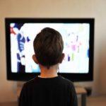 子どもが大好きなテレビで英語を学ぼう!