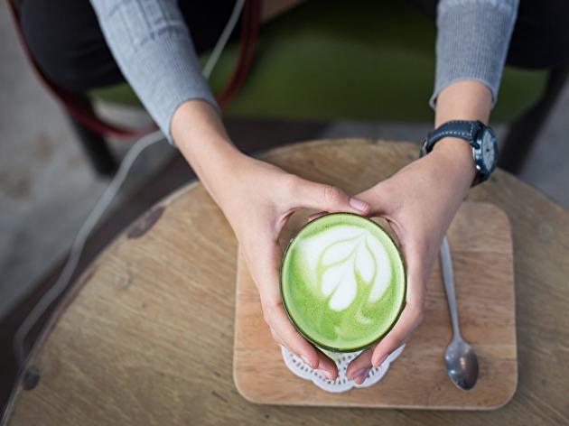 オーストラリアのカフェ文化に花開く、カラフルラテの世界♪